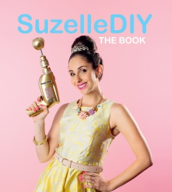 SUZELLE DIY S/C: THE BOOK